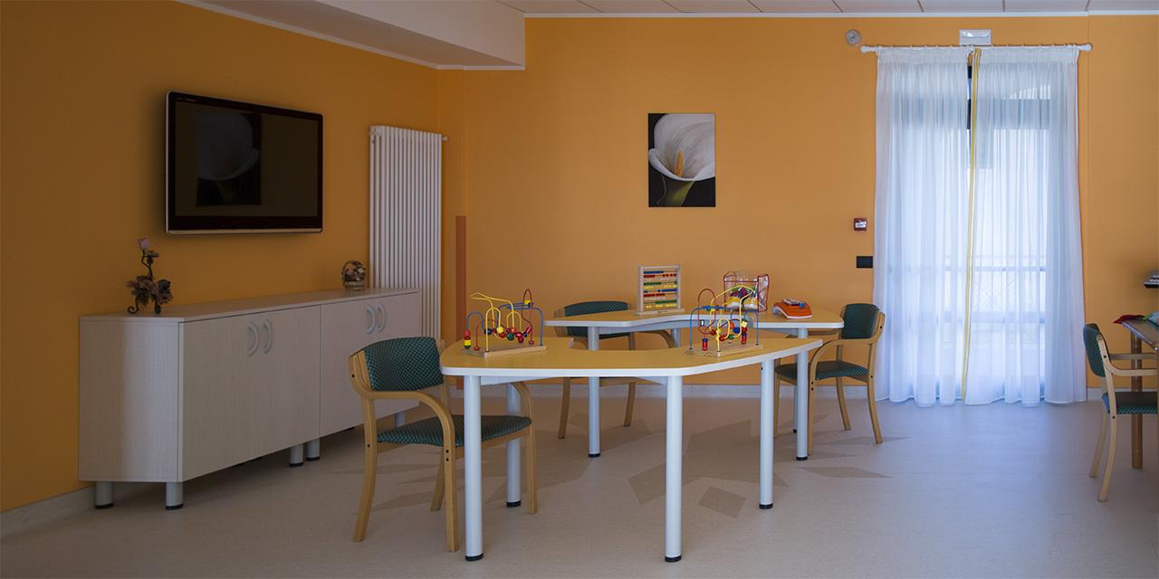 Casa di riposo rsa prealpi la residenza - Salottino da interno ...